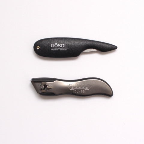 GÖSOL fingernail clippers.